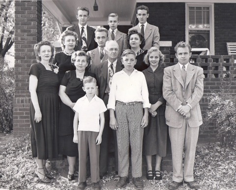 frame-family-late-december-1950-or-early-january-1951-2